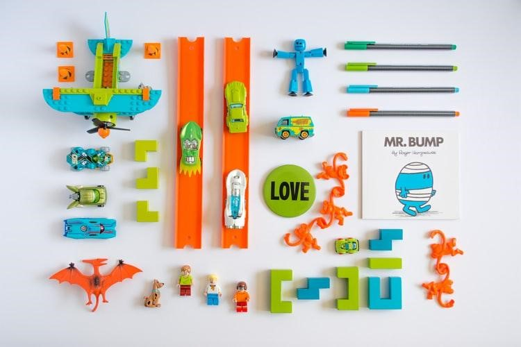 Build a box with your child that includes all his favourite items
